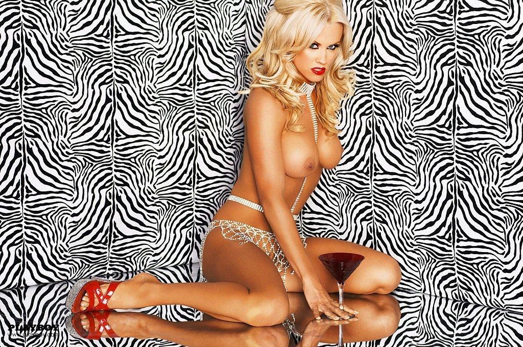 Jenny McCarthy Nude Sexy 1 1024x680000