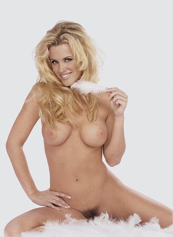 Jenny McCarthy Nude Sexy 1 1024x680009