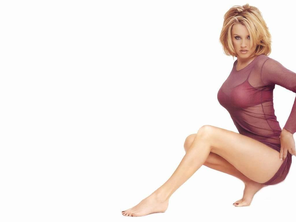 Jenny McCarthy Nude Sexy 1 1024x680026