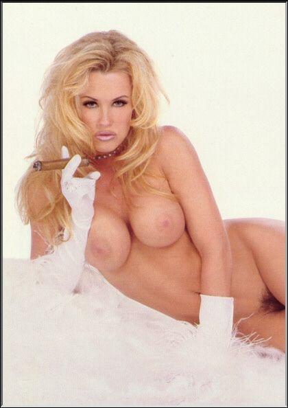 Jenny McCarthy Nude Sexy 1 1024x680048