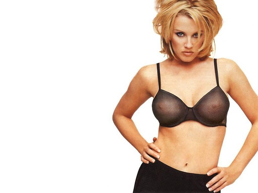 Jenny McCarthy Nude Sexy 1 1024x680140
