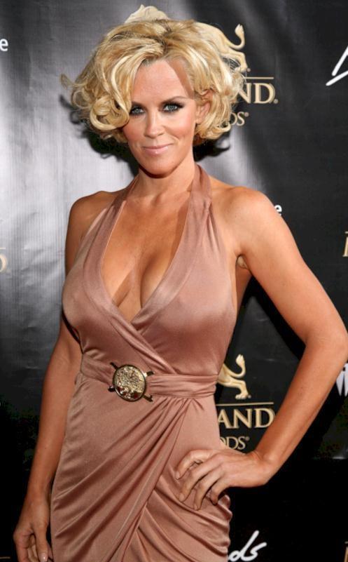 Jenny McCarthy Nude Sexy 1 1024x680143