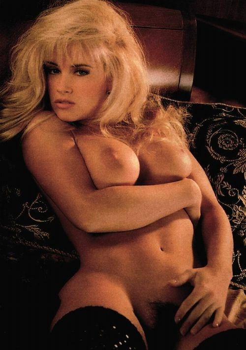 Jenny McCarthy Nude Sexy 1 1024x680144