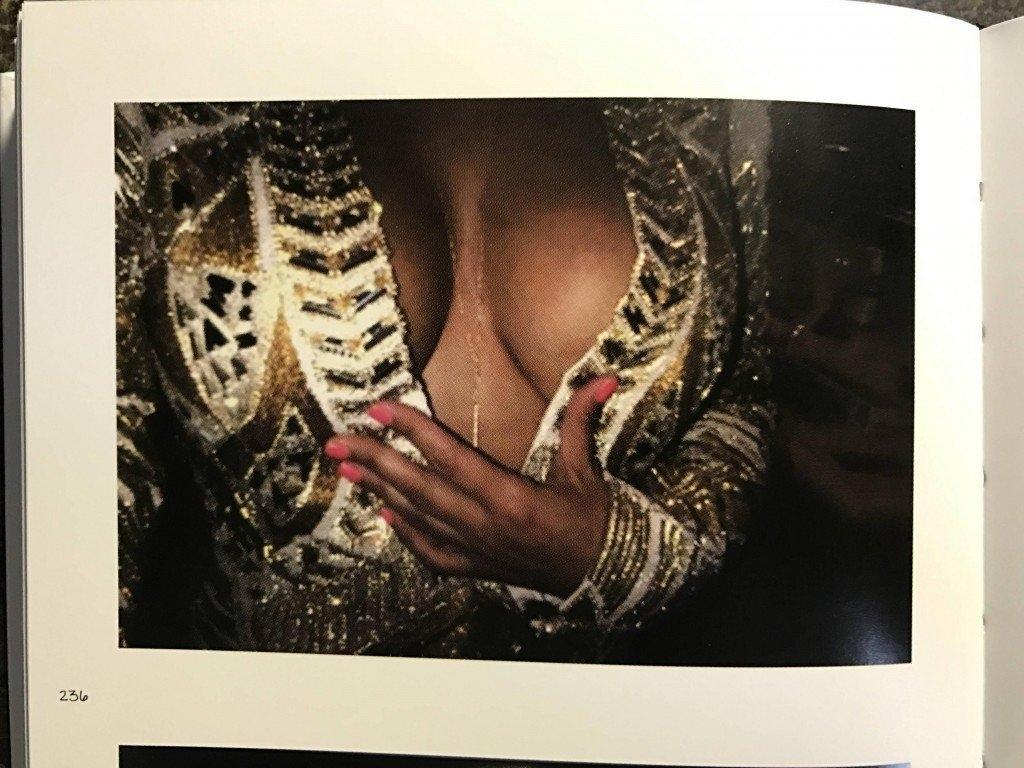 Kim Kardashian Selfies 1 768x1024002