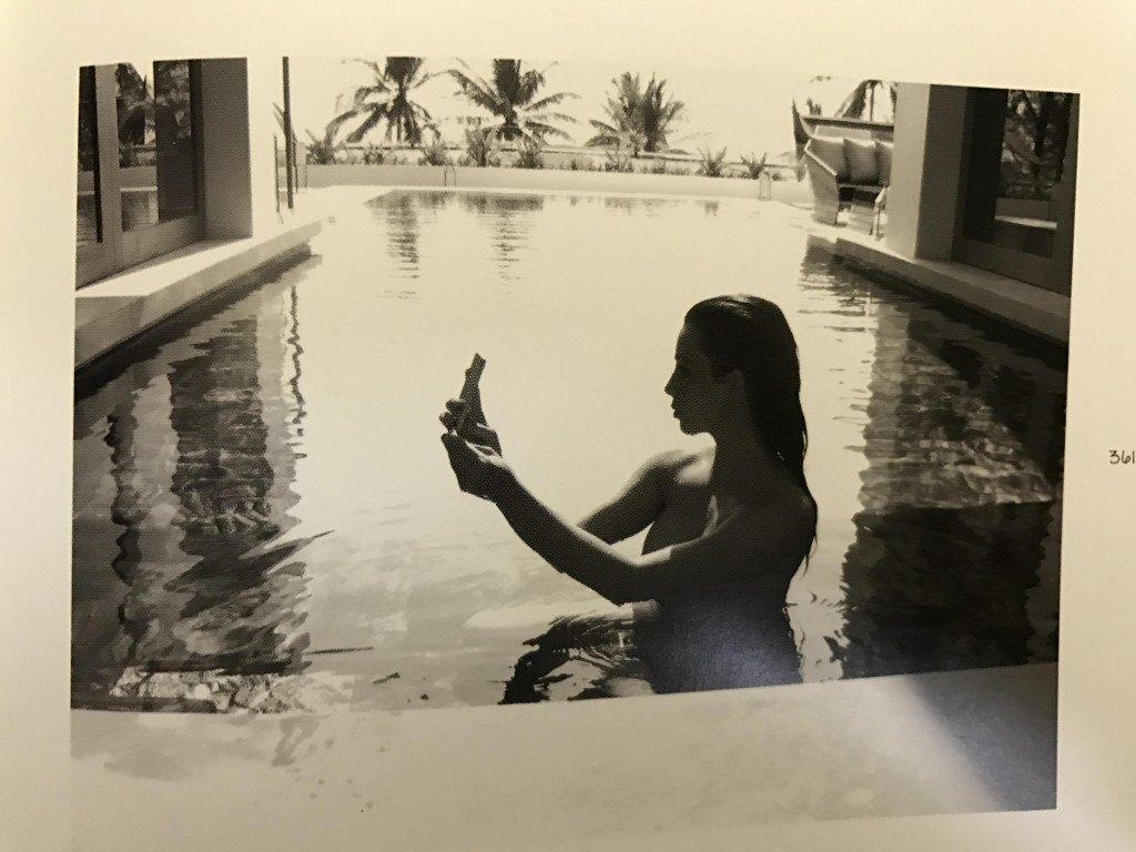 Kim Kardashian Selfies 1 768x1024030