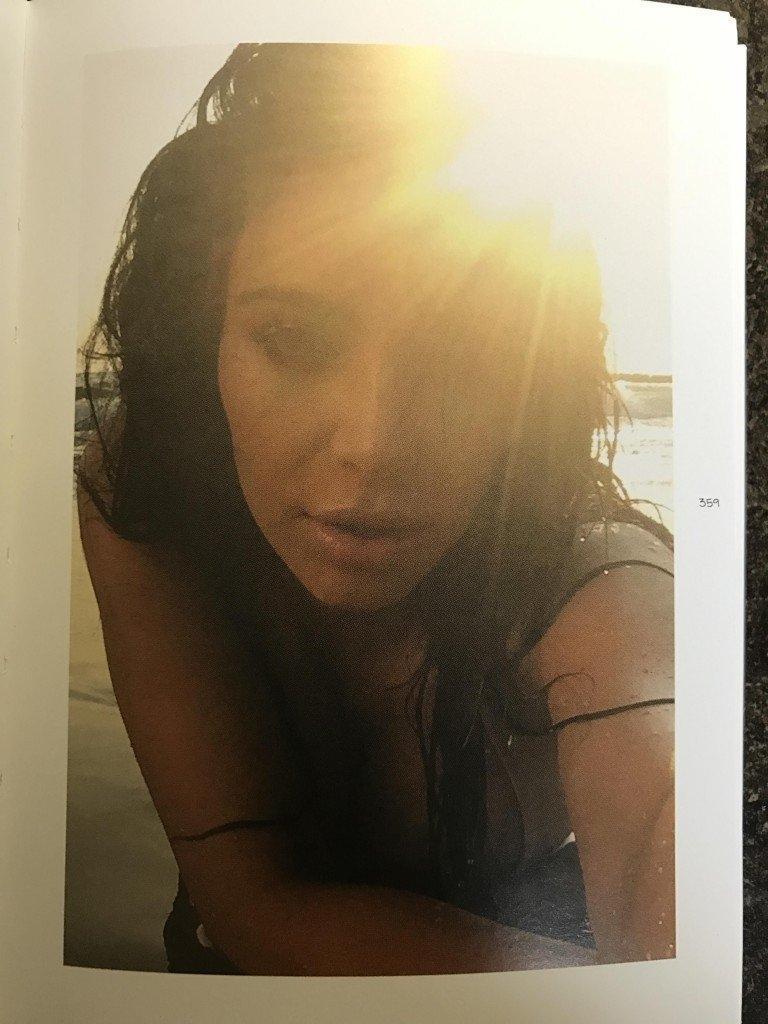 Kim Kardashian Selfies 1 768x1024032