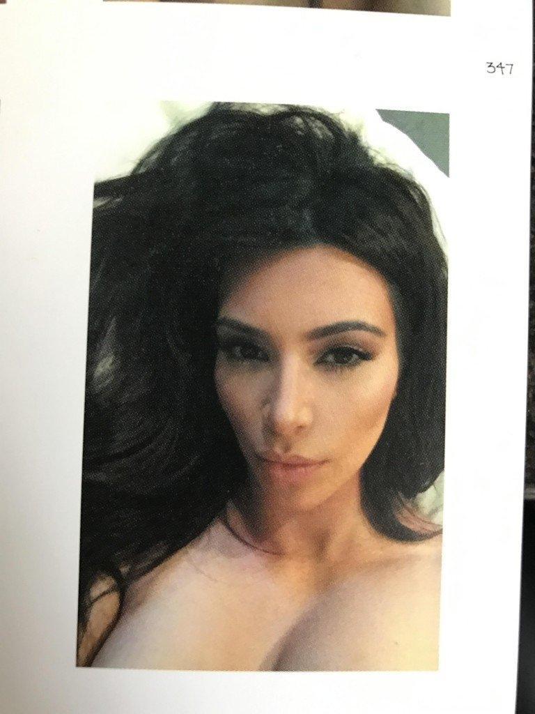 Kim Kardashian Selfies 1 768x1024042