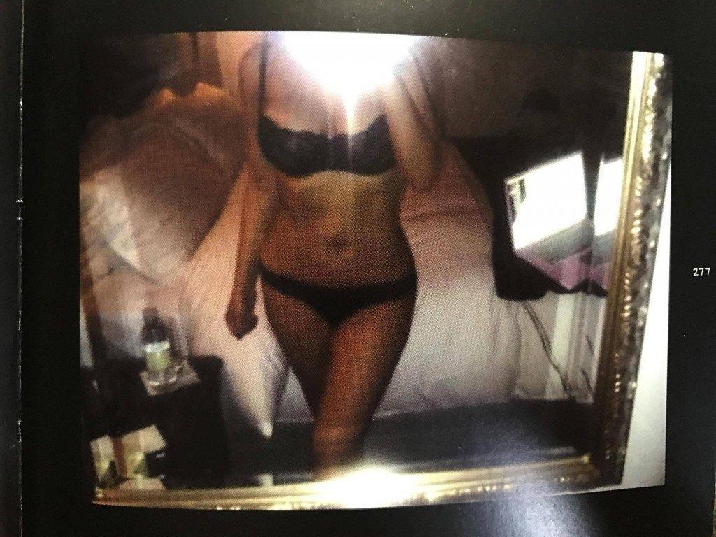 Kim Kardashian Selfies 1 768x1024072
