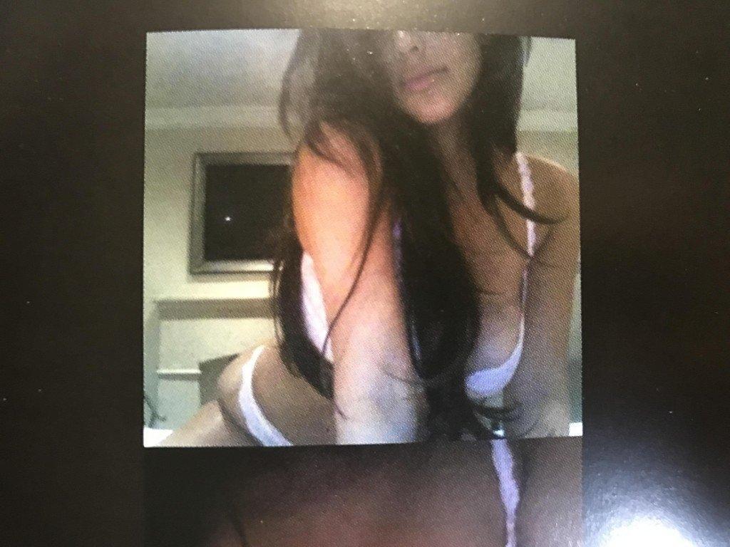 Kim Kardashian Selfies 1 768x1024087