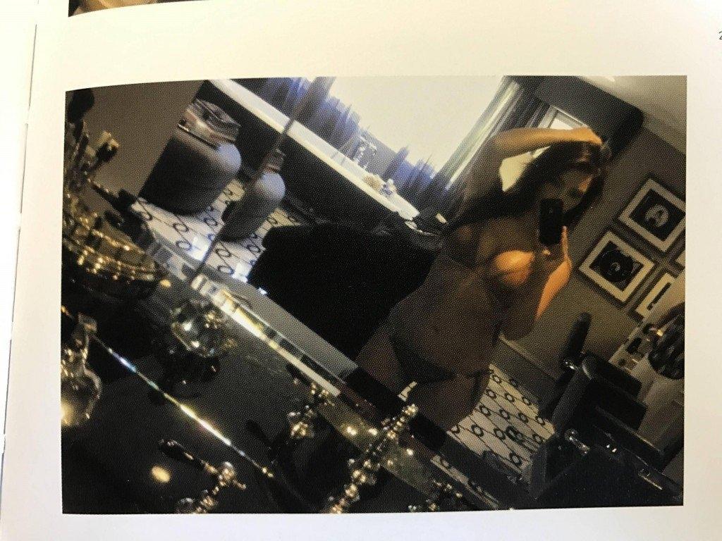 Kim Kardashian Selfies 1 768x1024099 1