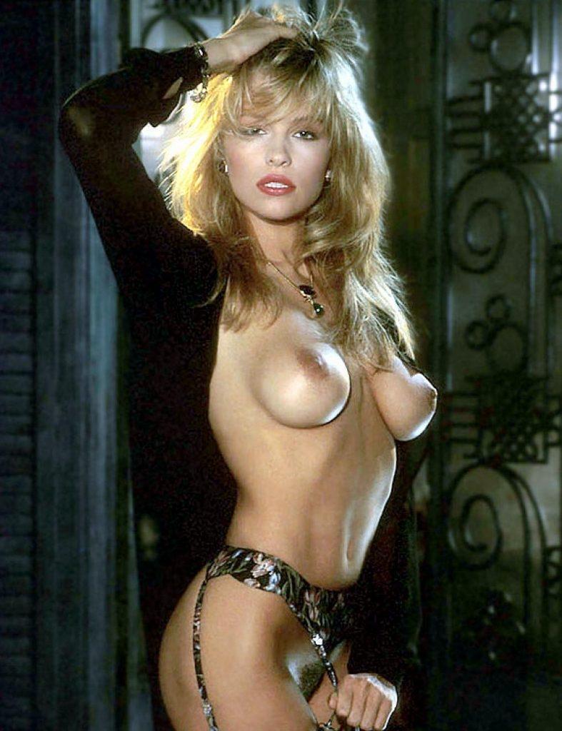 Pamela Anderson Nude 1 787x1024003