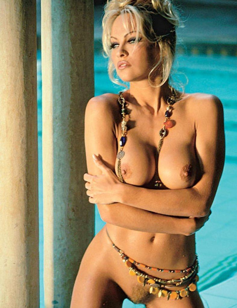 pamela aderson in nude