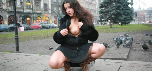 angela s cracow nude in public 14 800x533