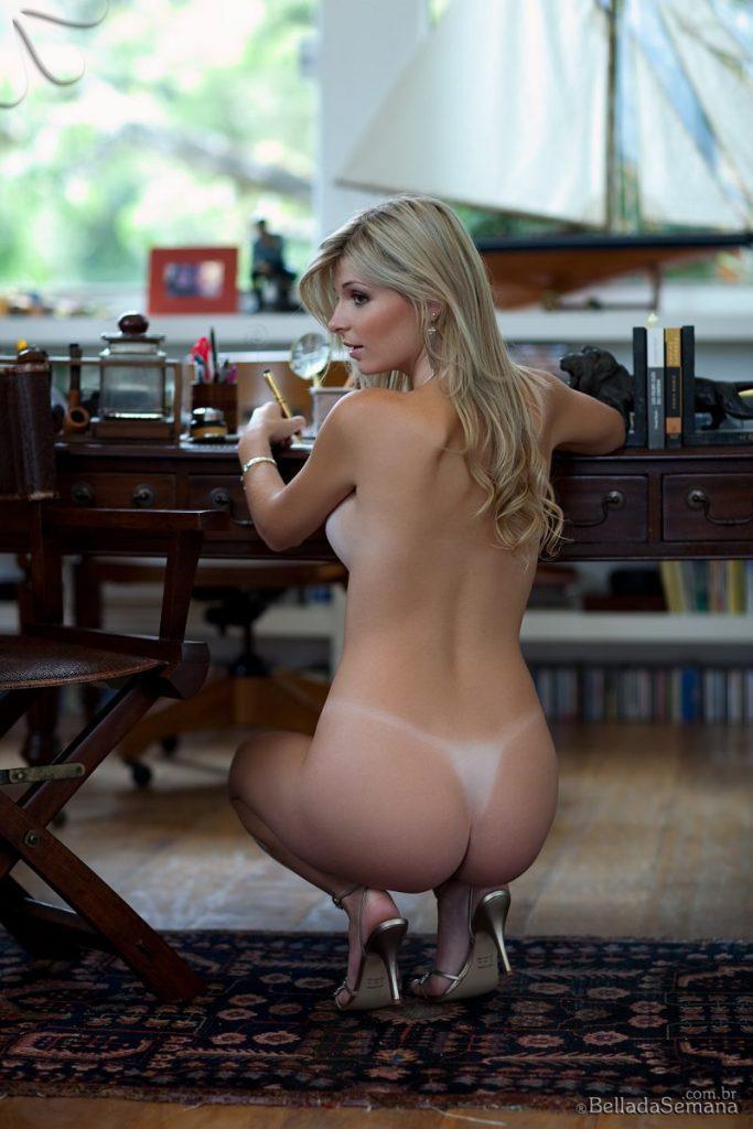 angelica woicichoski tan lines blonde brazilian bella da semana 11 800x1200