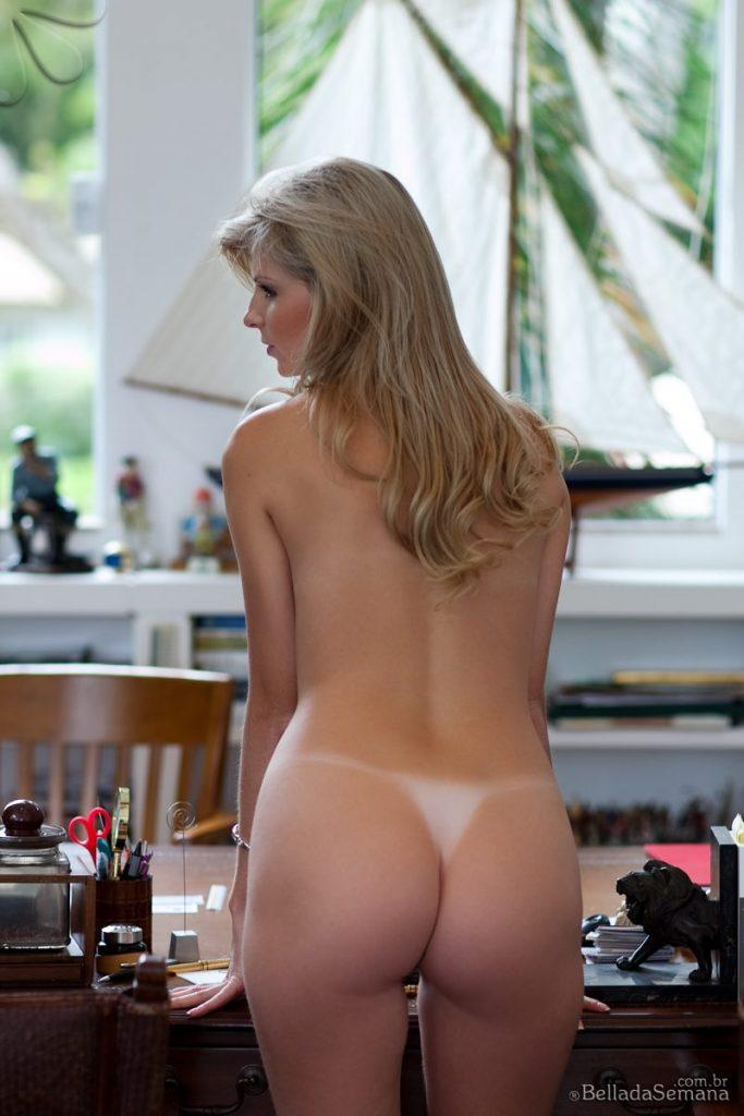 angelica woicichoski tan lines blonde brazilian bella da semana 15 800x1200