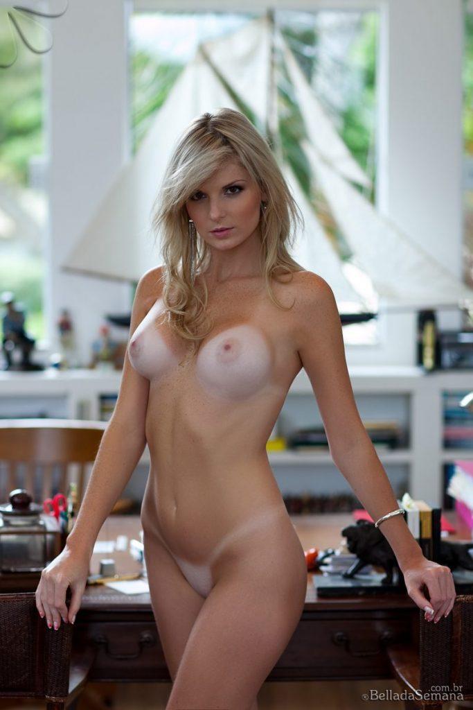 angelica woicichoski tan lines blonde brazilian bella da semana 16 800x1200