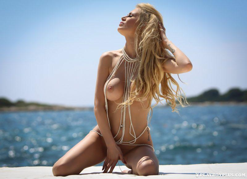 bozana vujinovic nude boobs blonde croatia playboy 08 800x582
