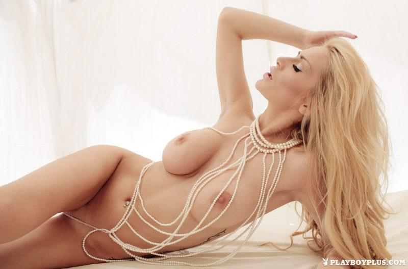 bozana vujinovic nude boobs blonde croatia playboy 12 800x527