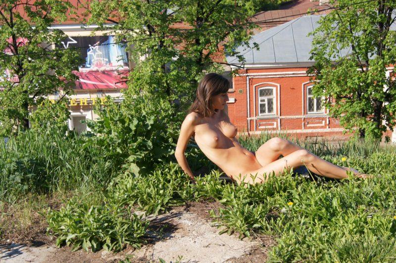 irina k naked in russia kazan nude public 06 800x532