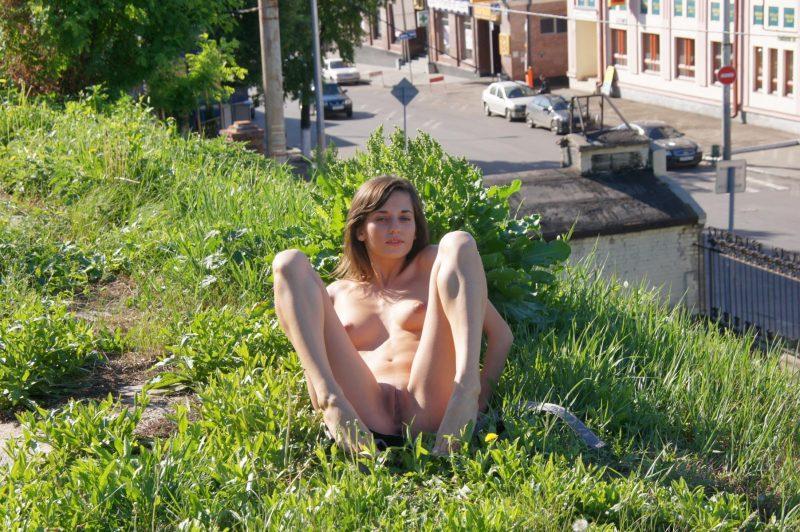 irina k naked in russia kazan nude public 08 800x532