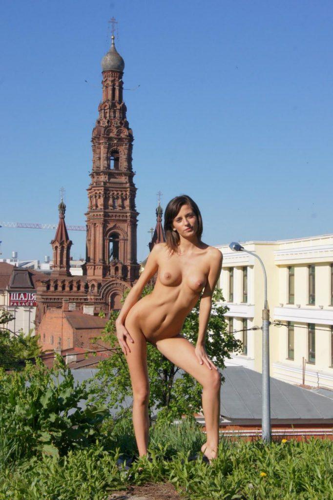irina k naked in russia kazan nude public 18 800x1202