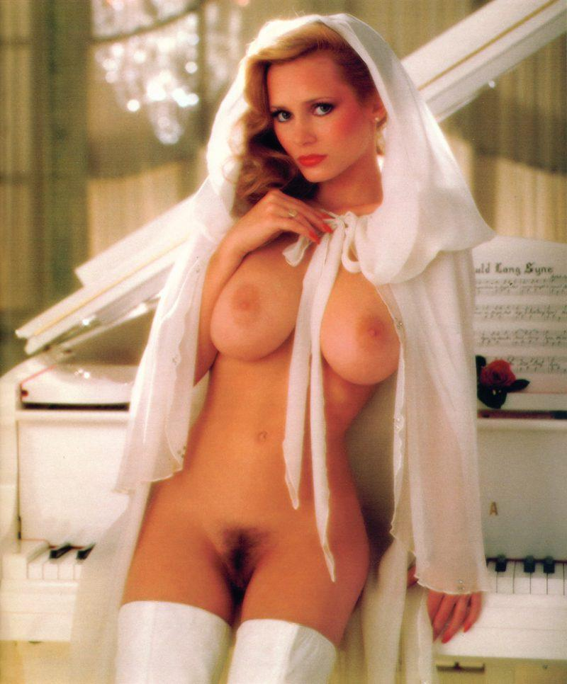 kimberly mcarthur playmate january 1982 boobs vintage playboy 28 800x966