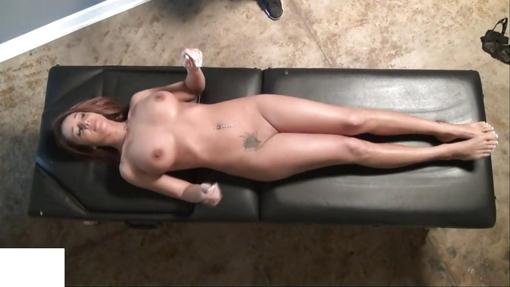 Nikki Sims Topless Nude and Pussy pictures
