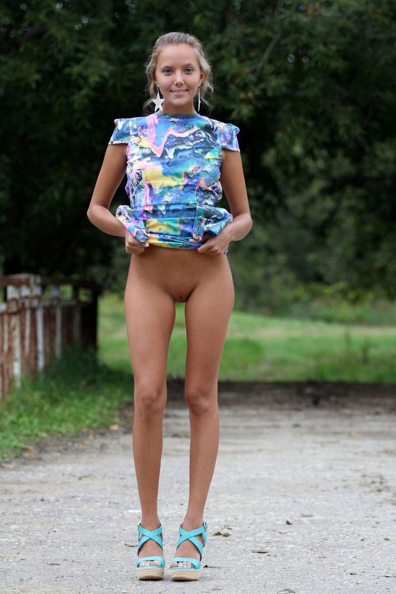 bottomless girls nude mix vol2 04 800x1200