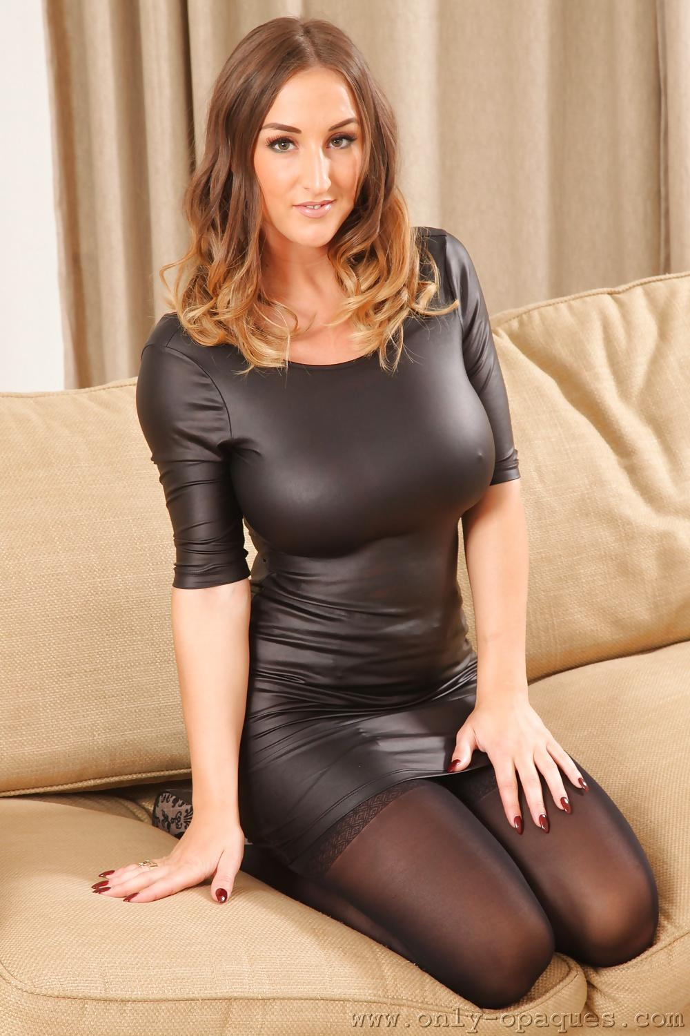 Poole latex stacey Beste Stacey