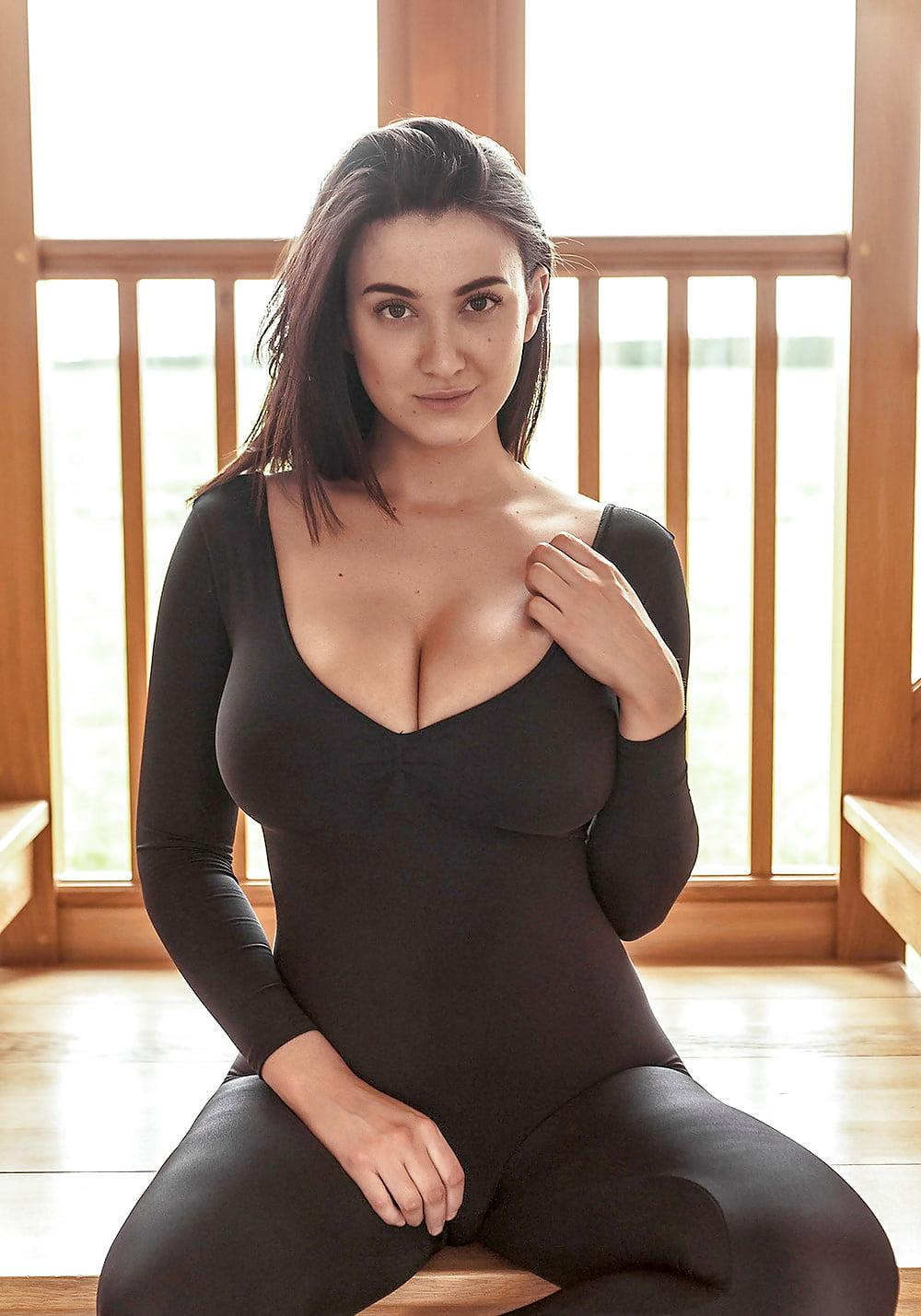 Amy Fisher Playboy joey fisher in black catsuit - bod girls
