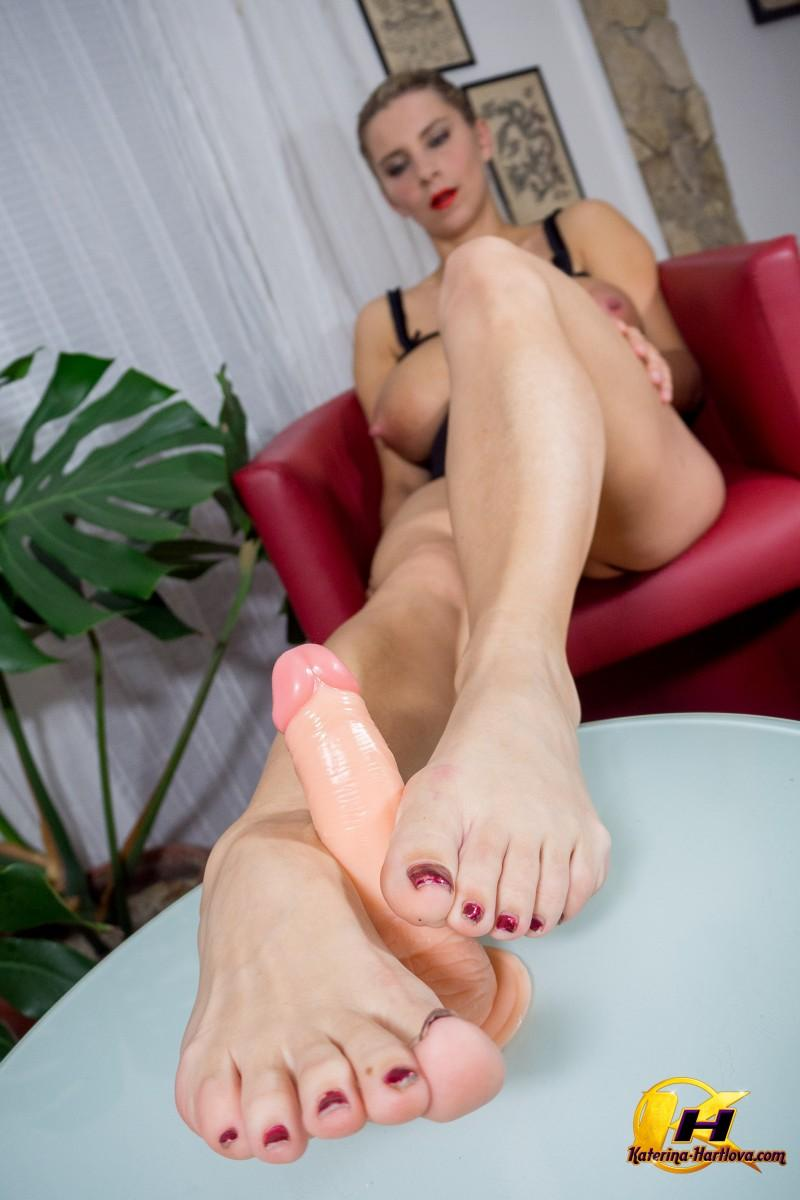 feet job with my first gift from my fan thompson 11