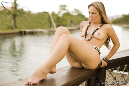 Nackt bella da semana Lidia Bella
