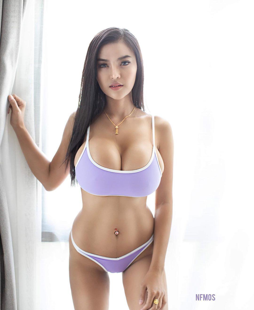 Faii-Orapun-Nude-Instagram-Model-Big-Tits-5